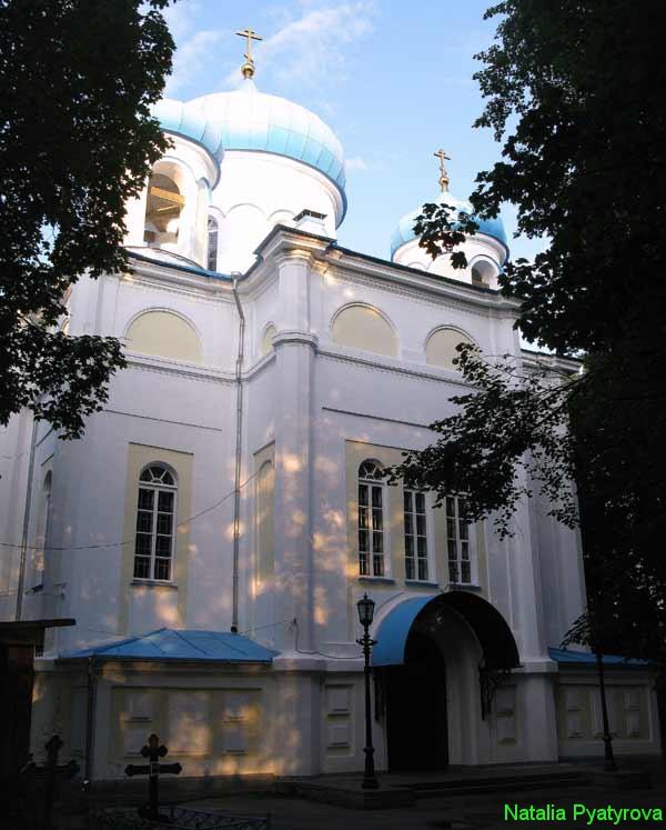 Крестовоздвиженский собор в Петрозаводске.